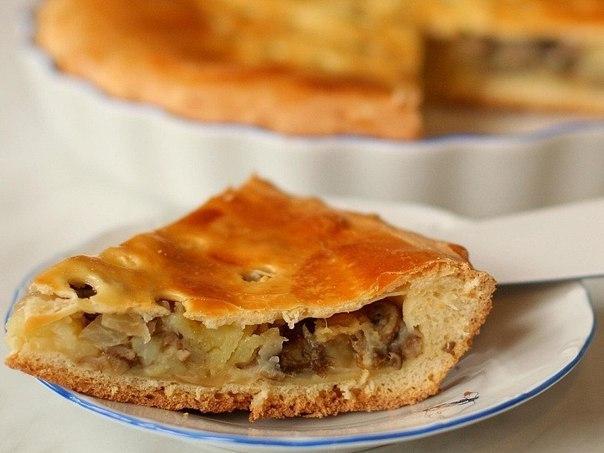 Закрытый пирог с картошкой и мясом