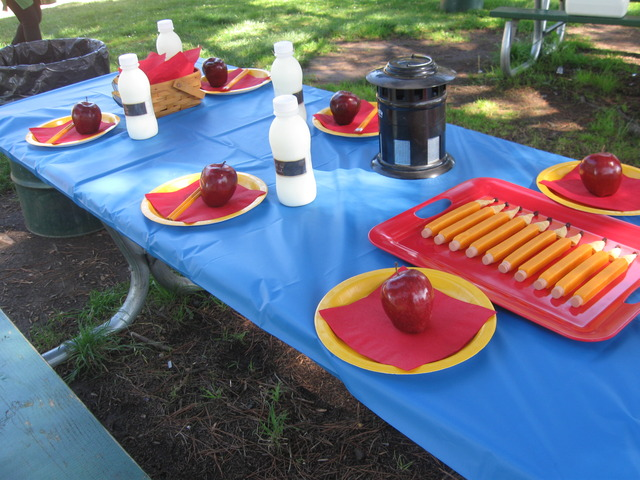 """""""Снова в школу"""": пикник в честь нового учебного года"""