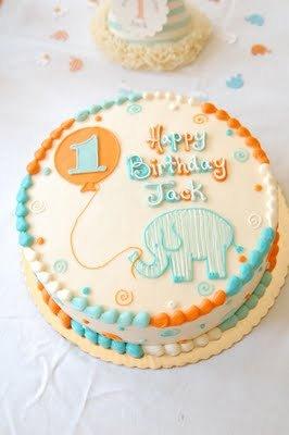 как украсить первый день рождения