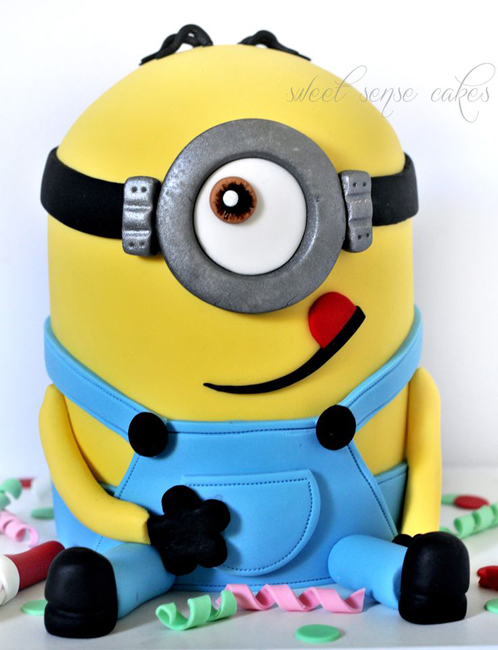 торт в форме миньона