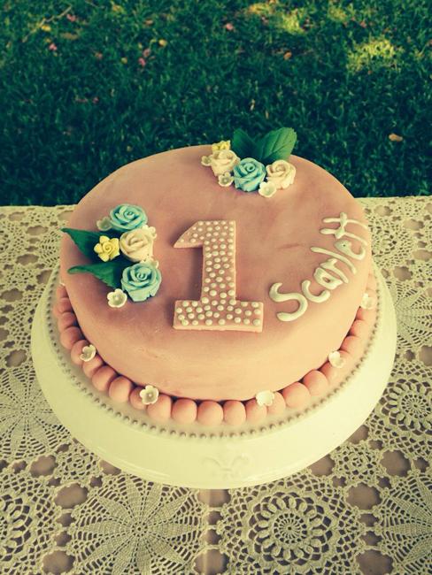 день рождения 1 год девочке