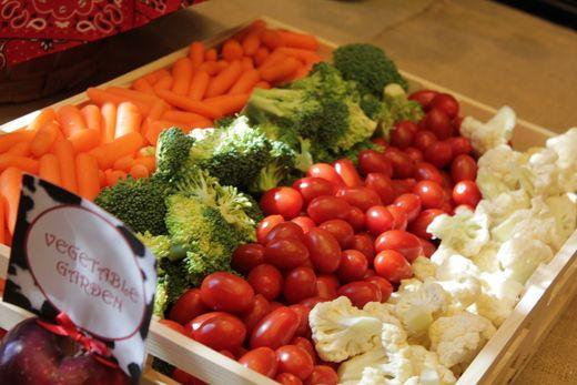 как красиво подать овощную нарезку