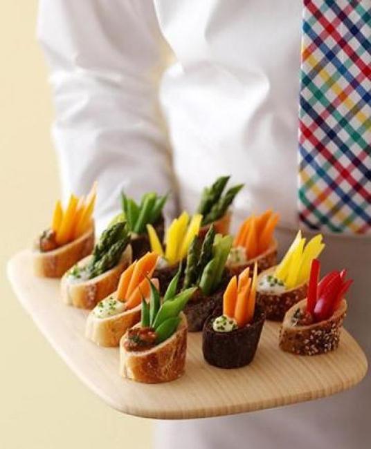 как выложить овощную нарезку красиво
