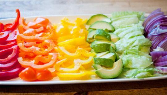 подача овощной нарезки