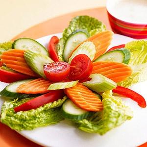 Овощная нарезка: оформление и идеи подачи