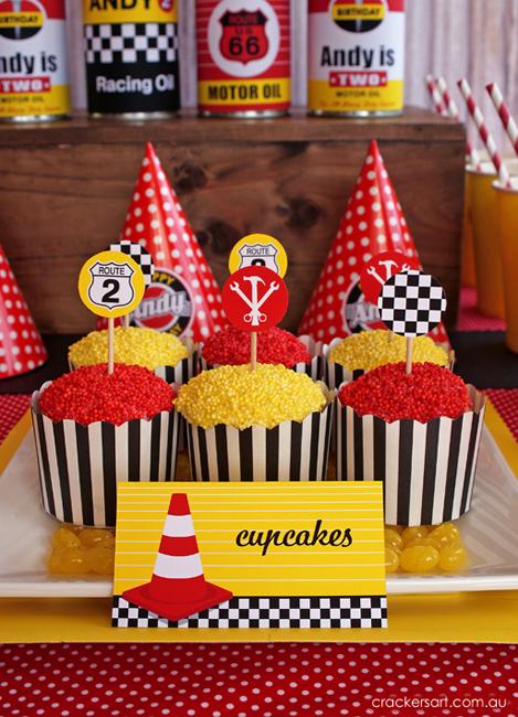 """""""Гонки"""": детский День рождения в винтажном стиле"""